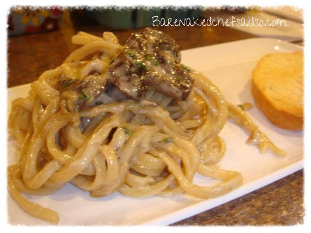 LinguineWithMushroomsandGarlicCreamSauce_zpsed2f8be7
