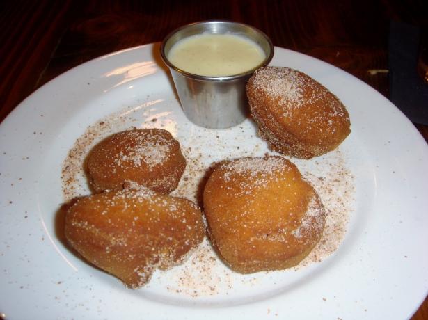 flatiron hot now donuts
